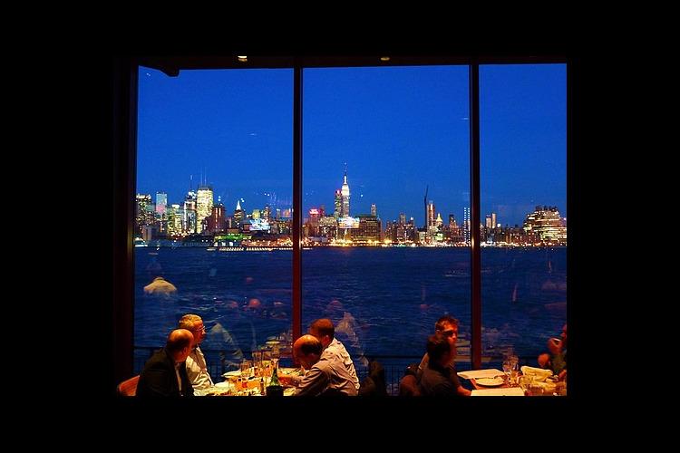 チャートハウスレストラン デラックス・デ...の写真