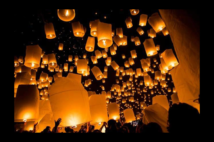 [10月31・11月1日発]タイ国際航空...の写真