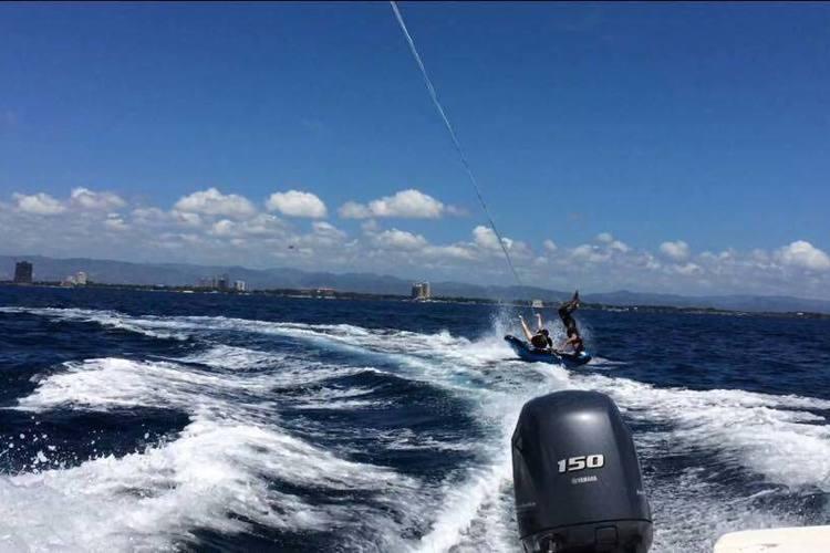 マクタン島でマリンスポーツを体験 ジャン...の写真