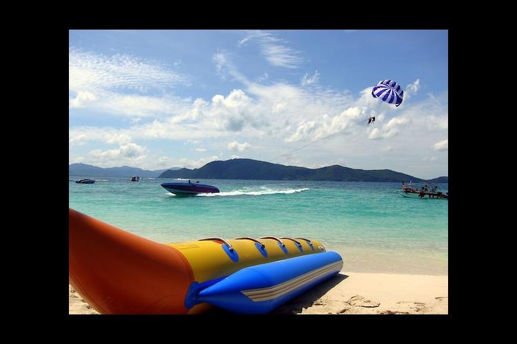 コーラル島1日ツアー 象乗り体験or人気...の写真