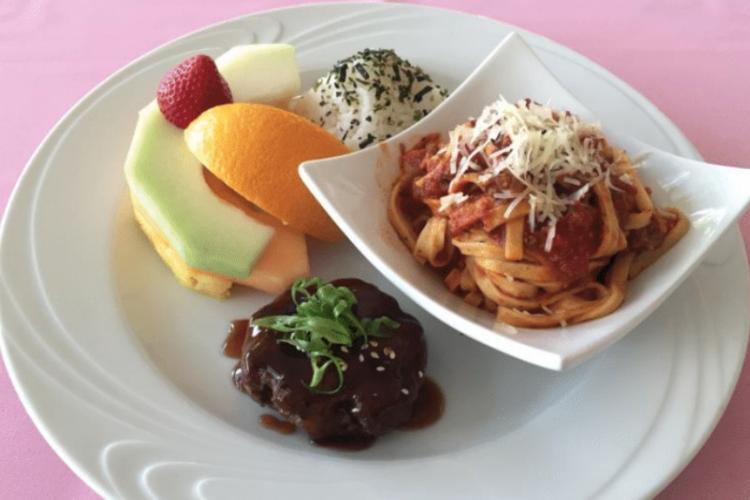 『ハウツリーラナイ』レストラン予約 (メ...の写真