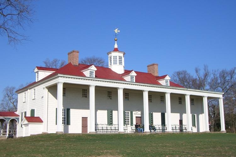 ジョージ・ワシントンの家とマウント・バー...の写真