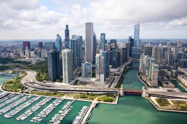 シカゴ半日市内観光 ウィリスタワーの展望...の写真