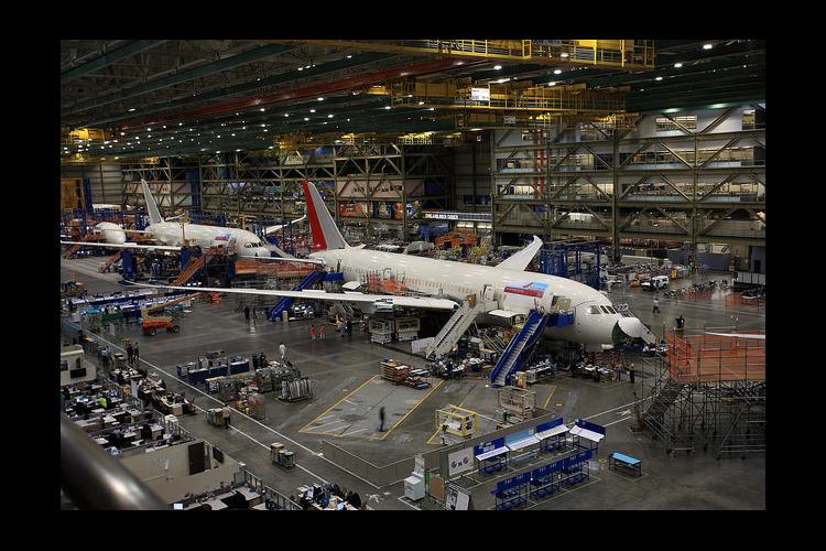 ボーイング工場見学と航空博物館ツアー [...の写真
