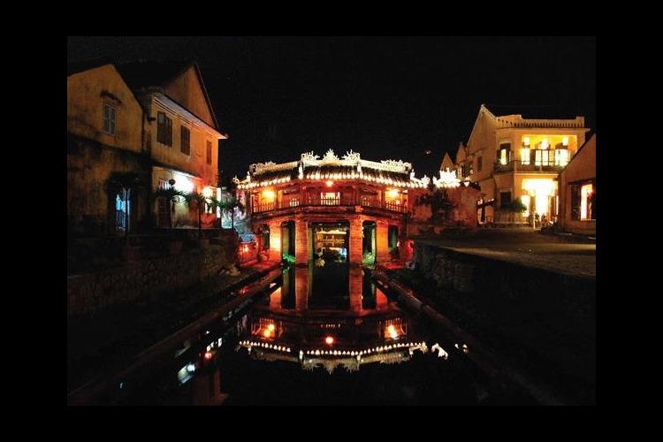 世界遺産 午後から夜までホイアン観光の写真