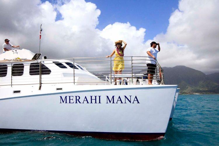 サンドバーツアー天使の海 カネオヘ湾で船...の写真