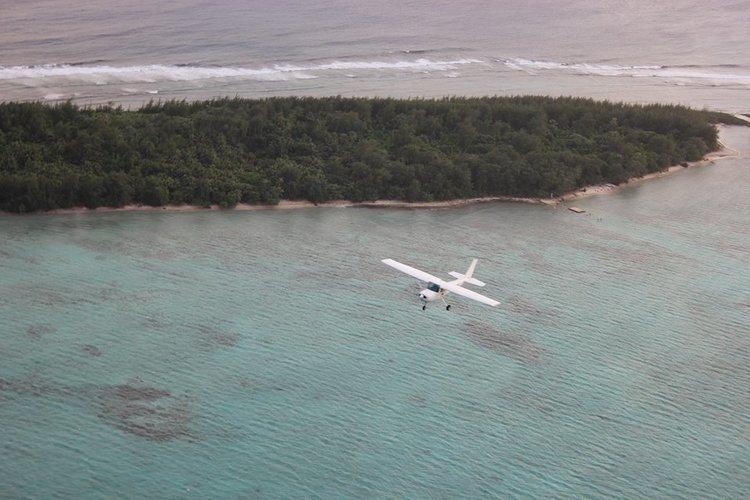 空からグアム観光 昼間のセスナ遊覧飛行の写真