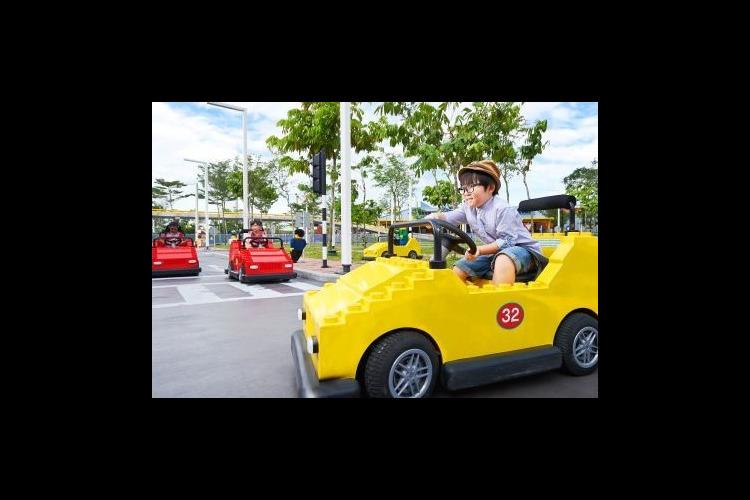 シンガポールから専用車で行く日帰りレゴラ...の写真