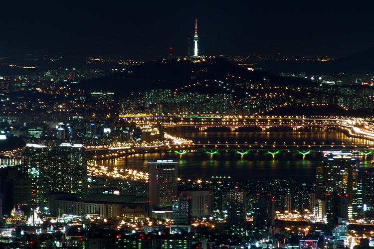 必見 ナイト展望ツアー (漢江遊覧船・N...の写真