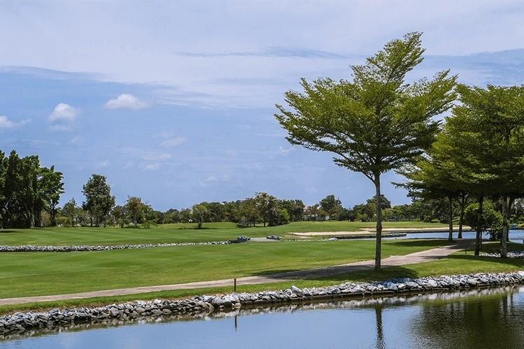 ロイヤルジェムス ゴルフリゾートの写真