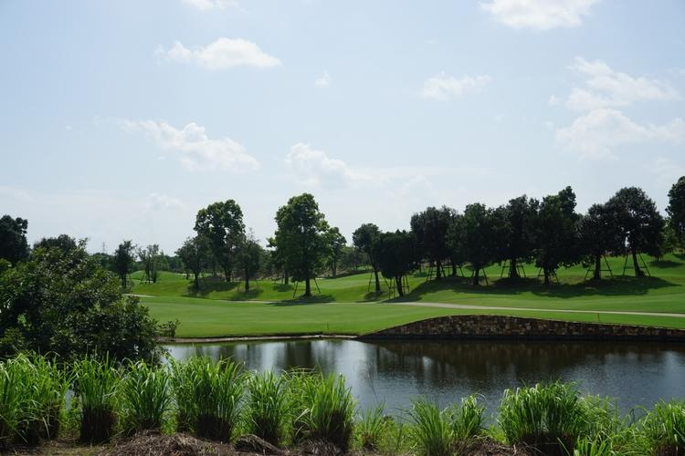 ニカンティゴルフクラブの写真