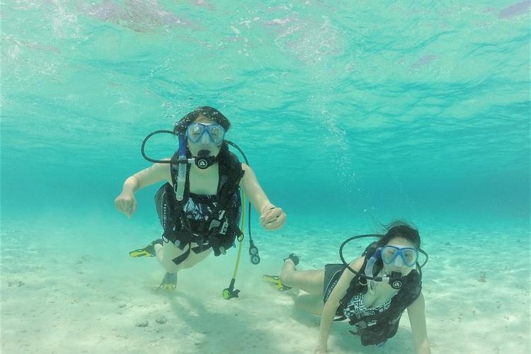 イパオビーチ体験ダイビング グアム屈指の...の写真
