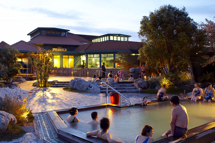 ロトルア1日観光(温泉入浴)の写真