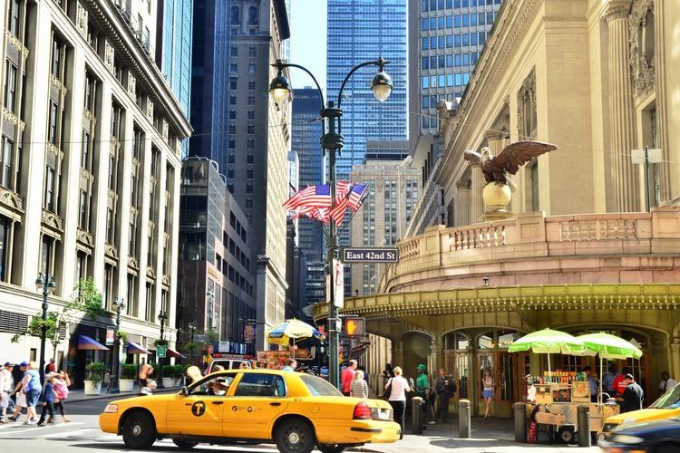 手ぶらでは帰れない ニューヨークお土産ツ...の写真