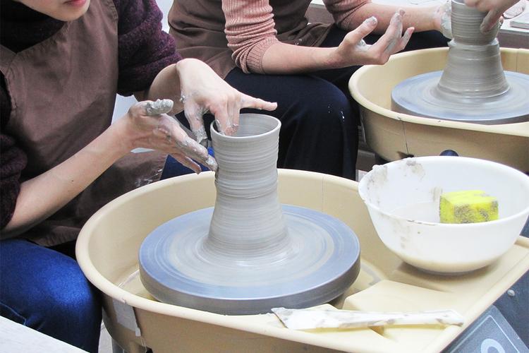 [東京・港区・陶芸]気分はまさに陶芸家 ...の写真