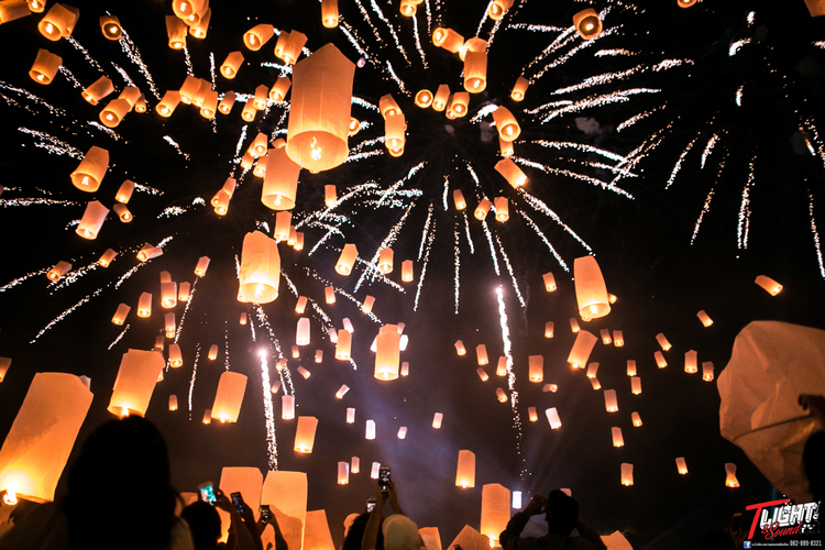 [11月11日限定]コムローイ祭りツアー...の写真