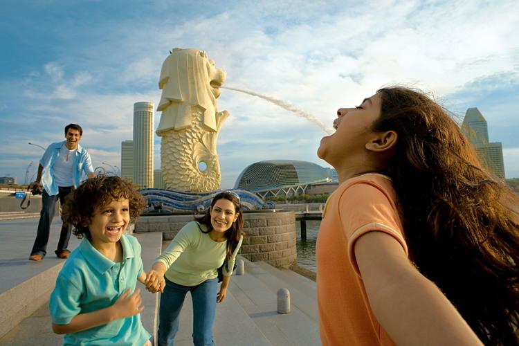 シンガポール半日市内観光とセントーサ島の写真