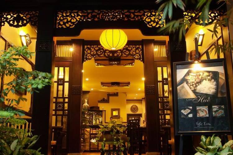サイゴン高層ビル展望台からの夕暮れ鑑賞と...の写真