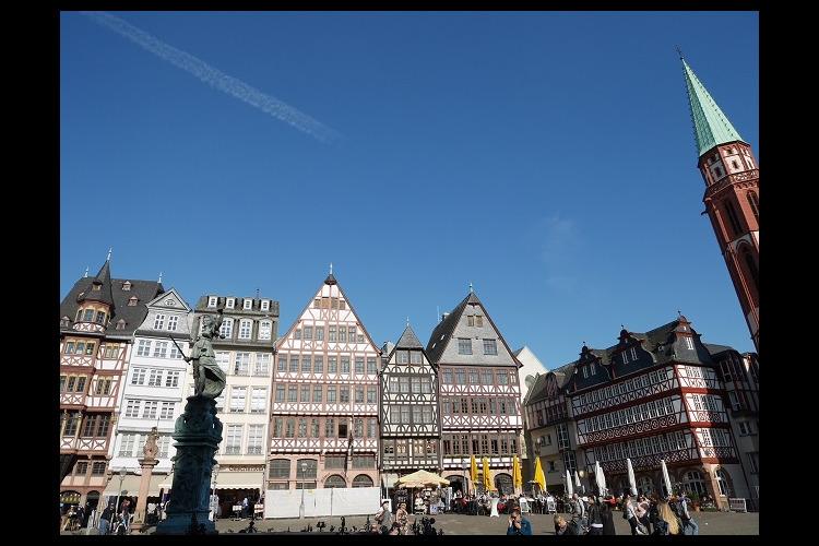フランクフルト旧市街散策午前観光(観光ガ...の写真