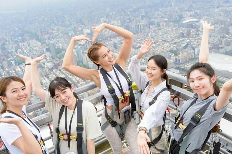 台北101屋外展望台体験ツアーの写真
