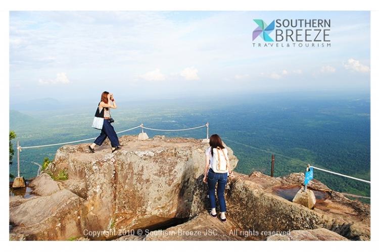 断崖遺跡プレアビヒア&ピラミット遺跡コー...の写真