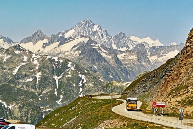 [チューリッヒ発ミラノ行き] 3つの峠で...の写真