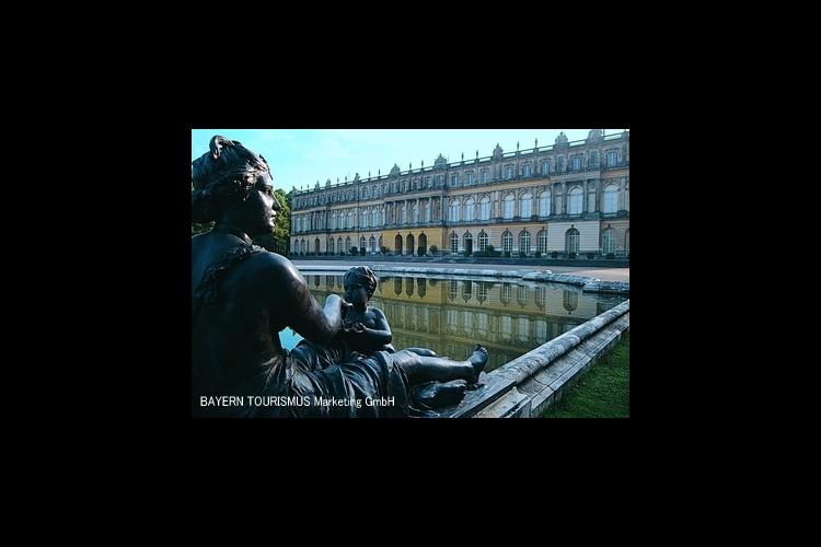 ヘレンキムゼー城1日観光の写真