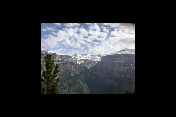 オルデサ国立公園1日ハイキング + 4輪...の写真