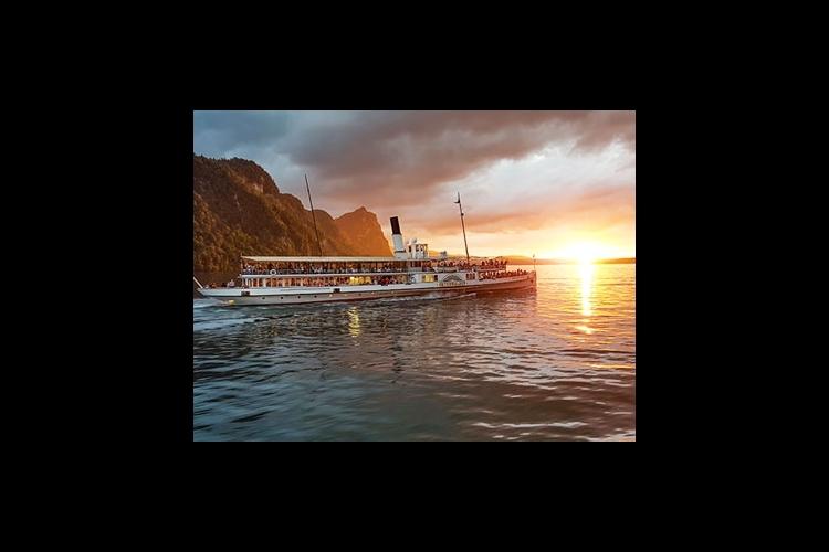 ルツェルン湖 ランチクルーズ  / サン...の写真