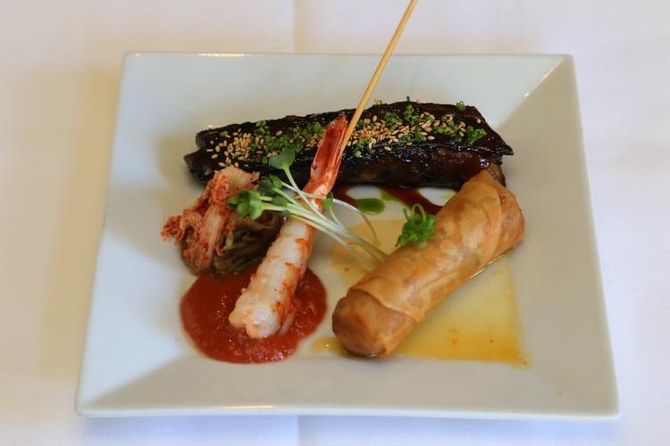 創作ハワイ料理の名店ロイズのディナーと感...の写真