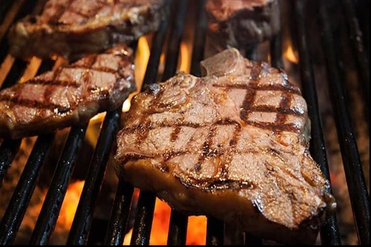 大絶賛の高級炭火ステーキ満喫♪『ハイズ・...の写真