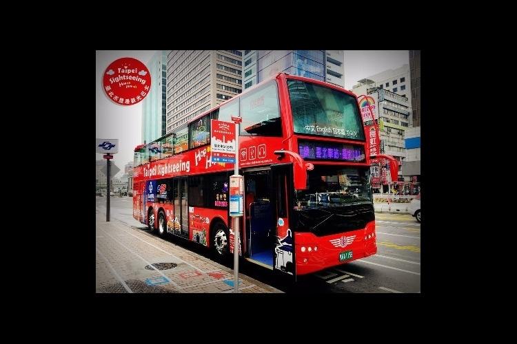 台北オープントップバスの写真