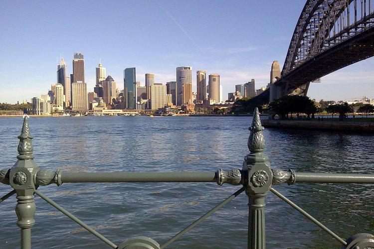 世界遺産オペラハウスとシドニーハーバーパ...の写真