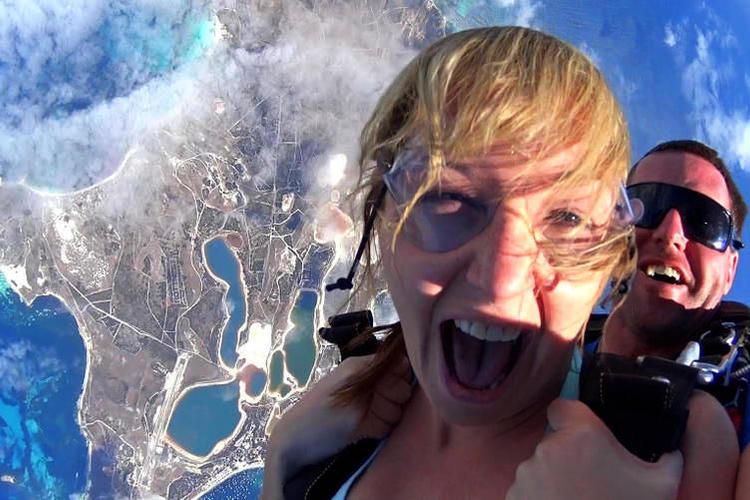 ロットネスト島スカイダイビングの写真