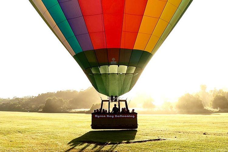 バイロンベイ 熱気球フライト (自由飛行...の写真